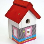 Buzzy Birds House White with Red Roof